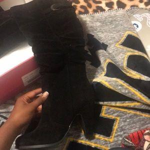 Shoedazzle Suede Boots